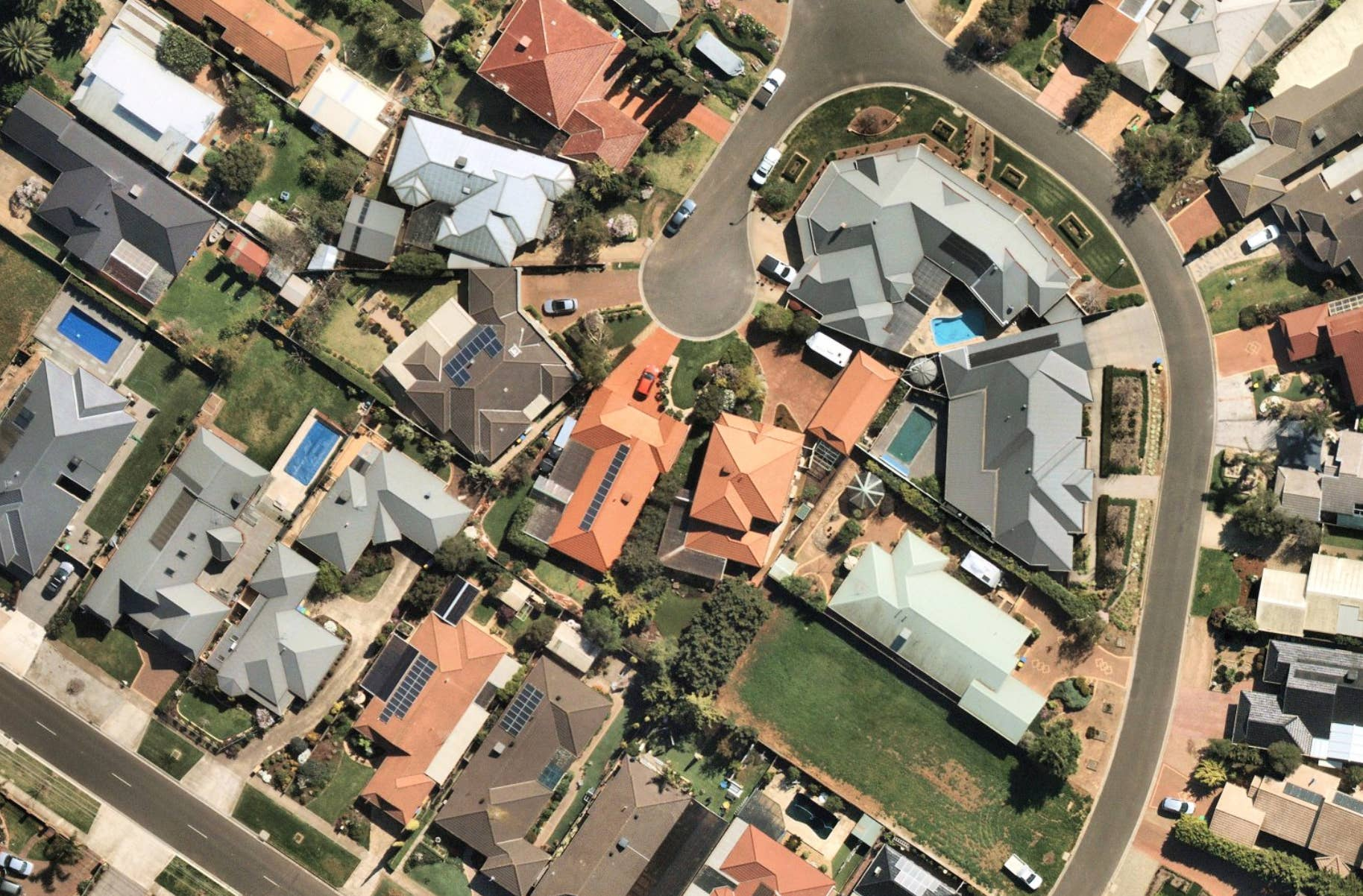 residential solar panels, Werribee, VIC, 2019 Oct 01