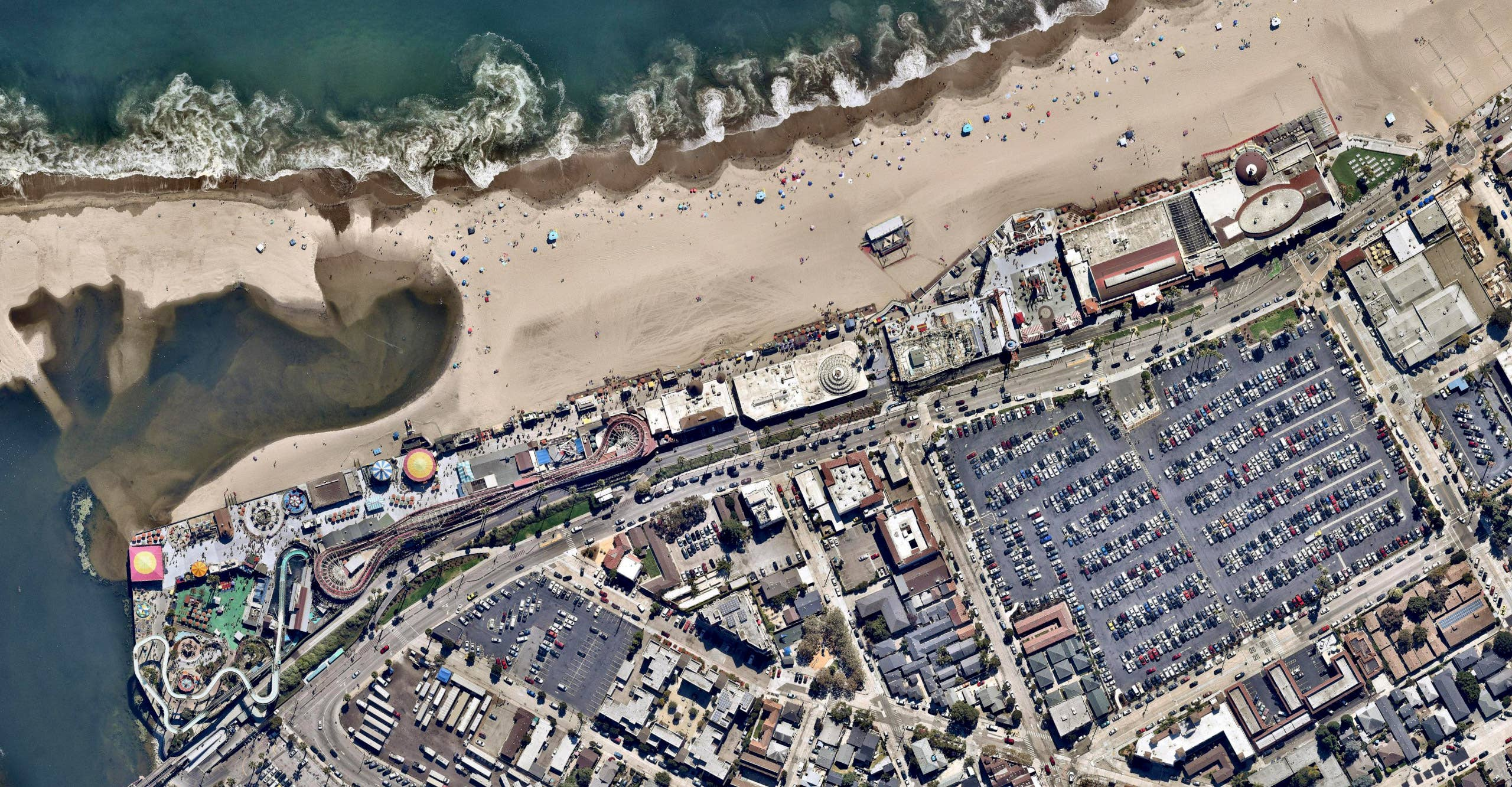 Overhead view, Santa Cruz Beach Boardwalk, California -- 16 September 2018