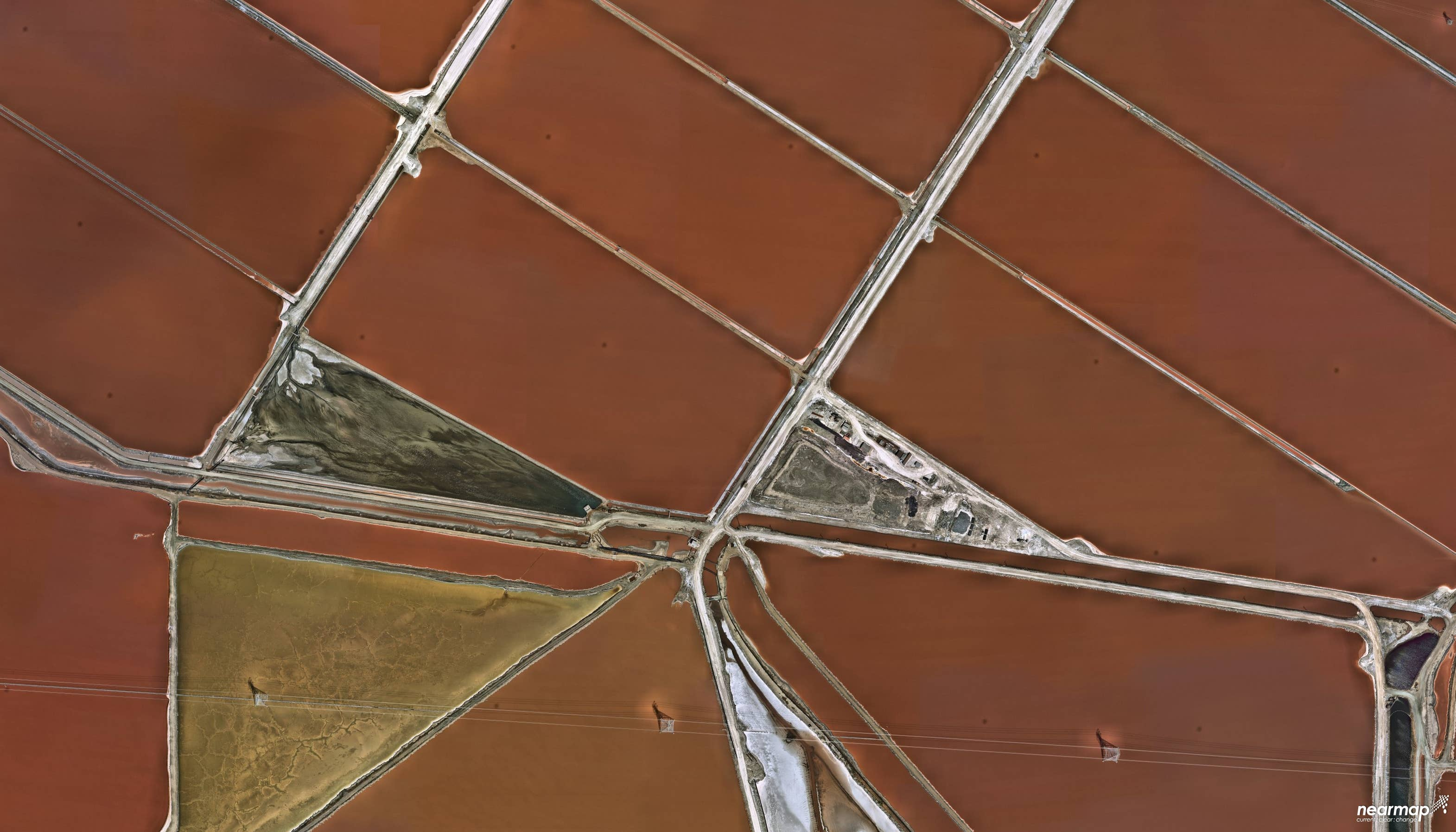 High resolution imagery of San Francisco Bay Salt Ponds in California