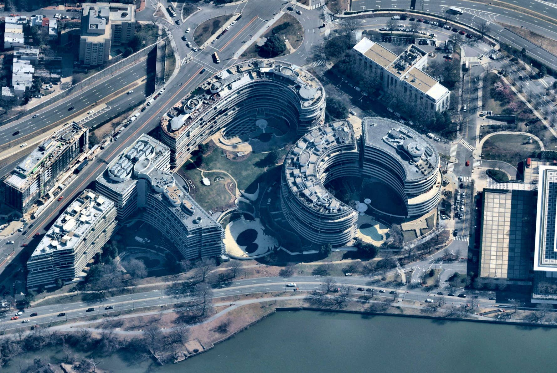 Aerial view, Watergate Hotel, Washington D.C. -- 5 March 2019