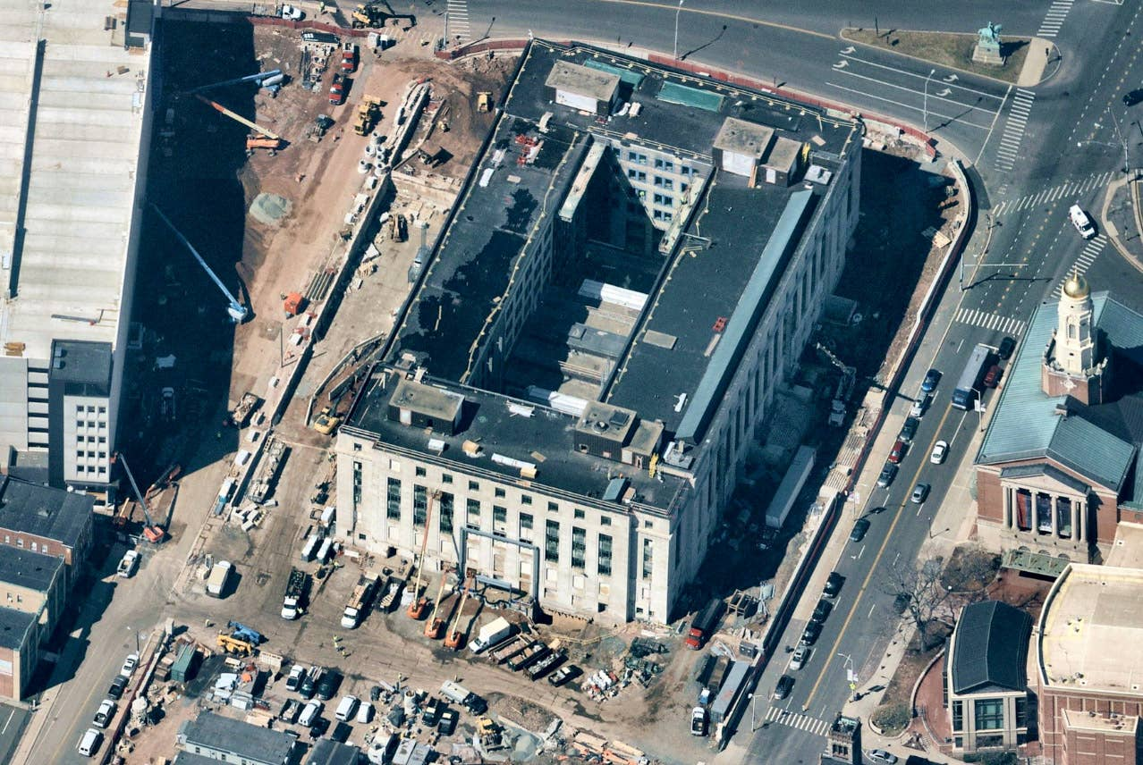 Aerial view, commercial construction and parking garage, Hartford CT -- 1 April 2019