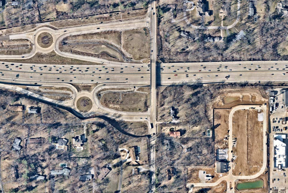 Overhead aerial view of Frontenac, MO -- 19 March 2019