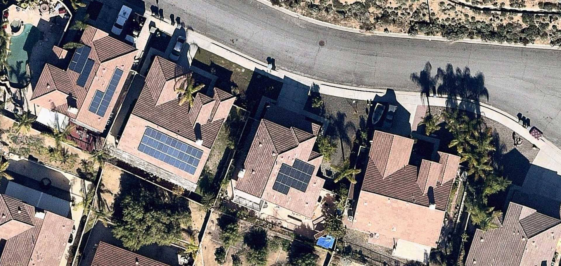 Open Solar vertical aerial image of solar panel installation in Lake Elsinore, California