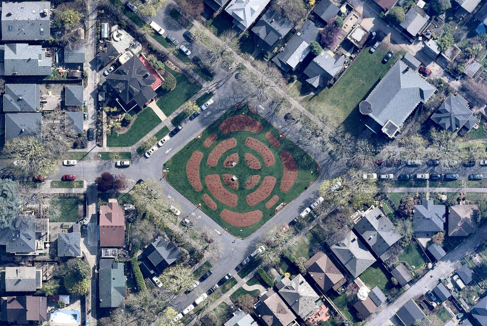Overhead shot, established neighborhood, Portland OR -- 30 March 2019