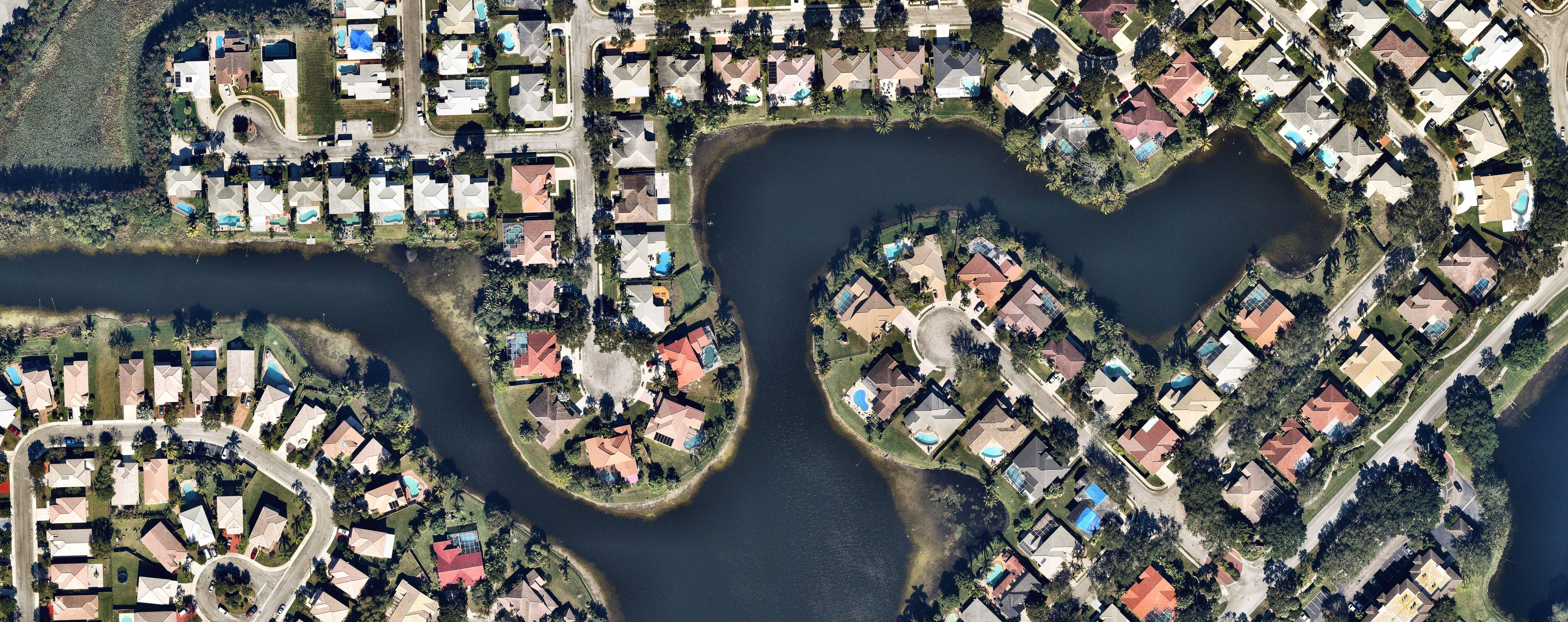 aerial, vertical, landscape, Pembroke Pines, FL, 2019 January 10