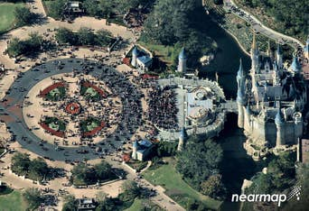 Oblique aerial view of Walt Disney World crowd and Cinderella's Castle -- 13 December 2017